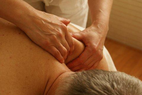 Soigner sa tendinite d'épaule par un ostéopathe à Paimpol
